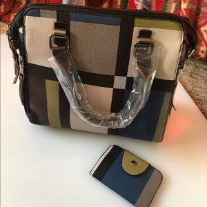 NWT MODERN STYLE SATCHEL WITH WALLET